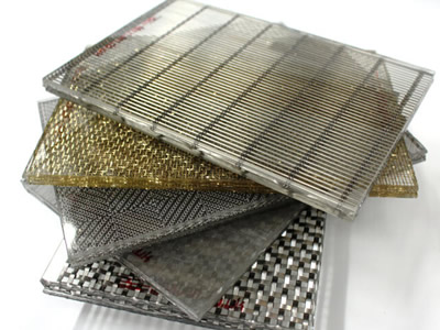 Five different kinds of wired glass pile up together, and woven wire mesh laminated glass is on the top.
