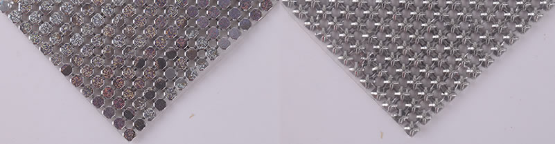 The shinning front surface and back side of scale mesh curtain.