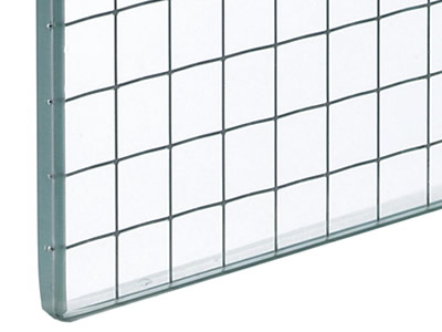 An enlarge view of fine wire mesh is sandwiched between two pieces of glass.
